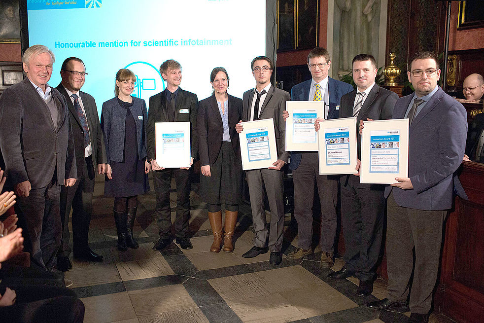 group photo at the innovation award 2017